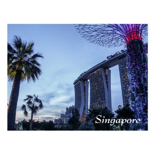 La bahía del puerto deportivo de Singapur enarena Postal
