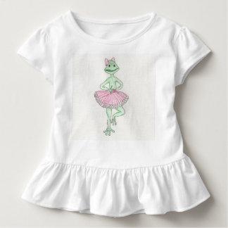 La bailarina de la rana de Fiona rizó la camiseta