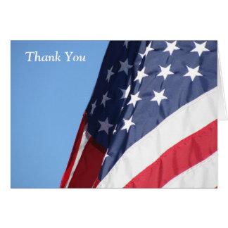 La bandera americana le agradece tarjeta de