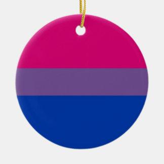 La bandera del BI vuela para el orgullo bisexual Adorno Redondo De Cerámica