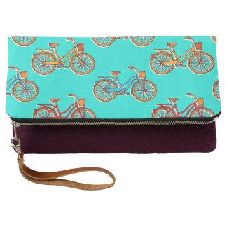 La bicicleta azul clara pliega el embrague clutch