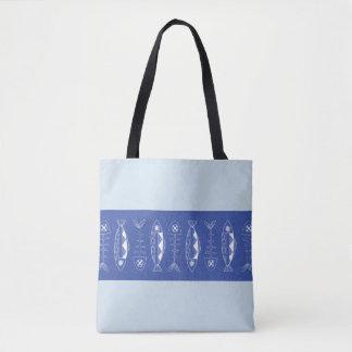 La bolsa de asas azul del modelo de los pescados