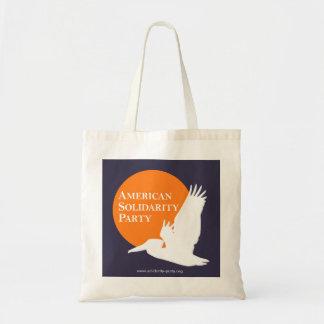 La bolsa de asas con el logotipo anaranjado y