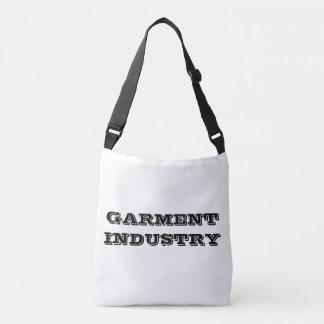 La bolsa de asas de Industry™ Crossbody de la ropa