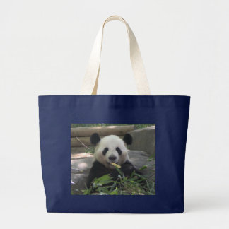 La bolsa de asas del oso de panda