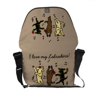 La bolsa de mensajero de baile feliz del trío de bolsa de mensajería