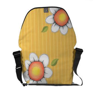 La bolsa de mensajero del carrito del amarillo de bolsa de mensajeria