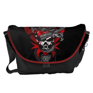 La bolsa de mensajero del cráneo del dragón -