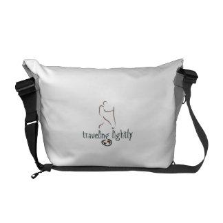La bolsa de mensajero para el nómada bolsa de mensajería