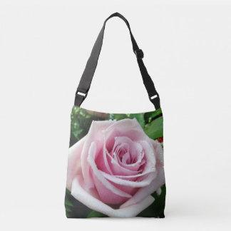 La bolsa para transportar cadáveres color de rosa