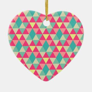 La bonanza del triángulo adorno de cerámica en forma de corazón