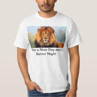 La cabeza del león de Hakuna Matata tiene una Camisas