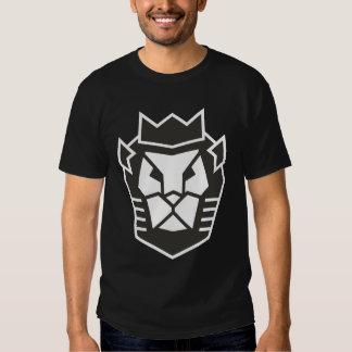 La cabeza del león de transformación camisetas