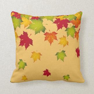 La caída del otoño deja la almohada