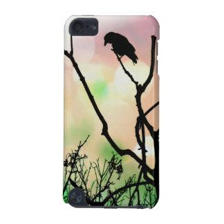 La caja sola de iPod 5g del cuervo Funda Para iPod Touch 5