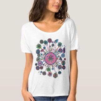 La camisa de las mujeres - mandala de la flor