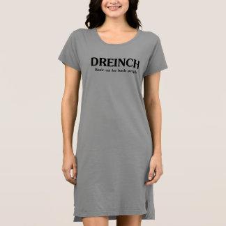 La camisa de vestir de las mujeres básicas de