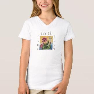 La camisa del chica del arte de la libélula del