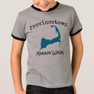 La camisa del muchacho de fabricación total de las