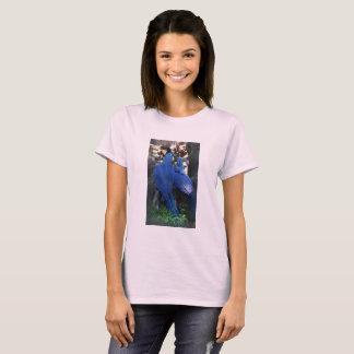 La camiseta básica de las mujeres de los loros