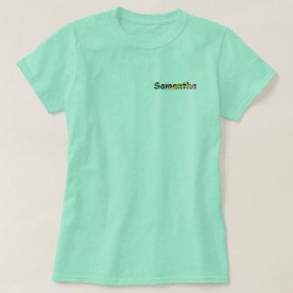 La camiseta básica de las mujeres de Samantha
