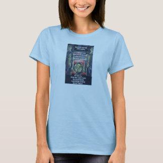 La camiseta básica de las mujeres sistemáticas del