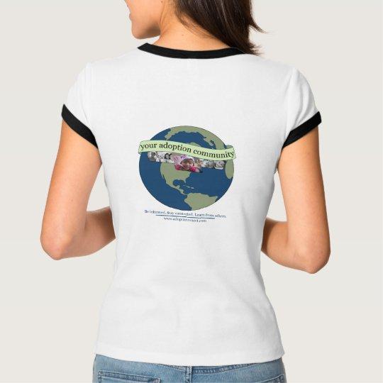 la camiseta cabida de las mujeres de adopt2Connect