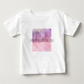 La camiseta con cita inspiradora CREE