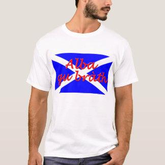 """La camiseta """"de gu de los hombres básicos Alba del"""
