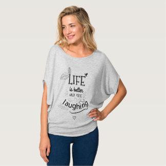 La camiseta de la mujer