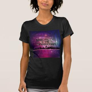 La camiseta de la mujer - belleza en el paisaje