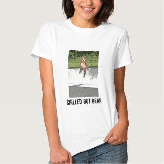 La camiseta de la mujer del oso de peluche de
