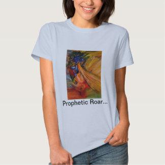 """La camiseta de la mujer del """"rugido profético"""""""