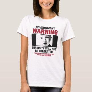 La camiseta de las mujeres amonestadoras del