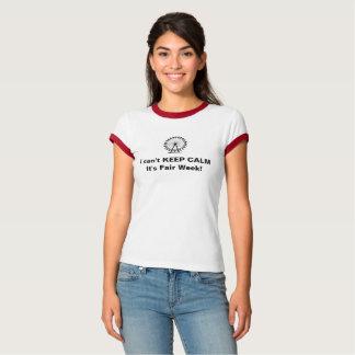 La camiseta de las mujeres con semana justa de la