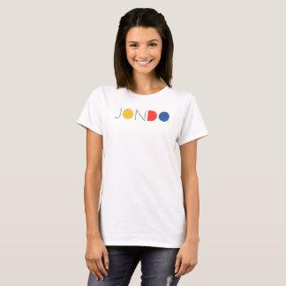 La camiseta de las mujeres de JONDO