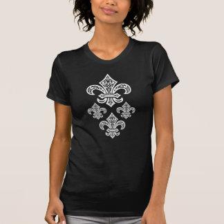 La camiseta de las mujeres de la flor de lis,
