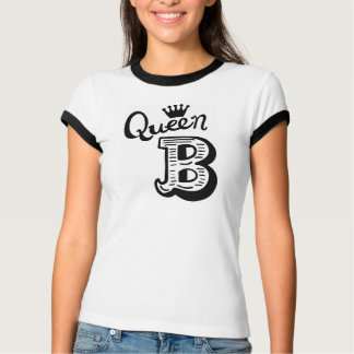 La camiseta de las mujeres de la reina B