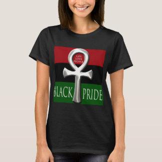 La camiseta de las mujeres negras del orgullo