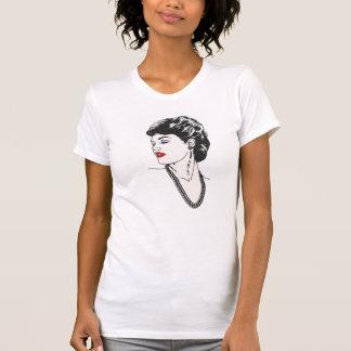 La camiseta de las mujeres, señora de la moda de