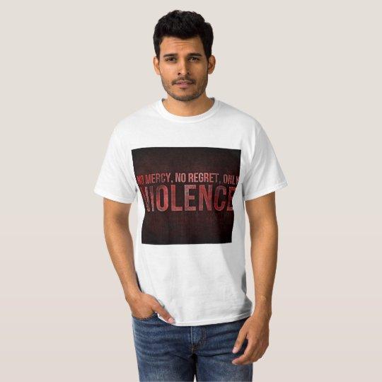 La camiseta de los hombres de la violencia