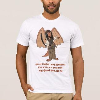 La camiseta de los hombres del dragón del pirata