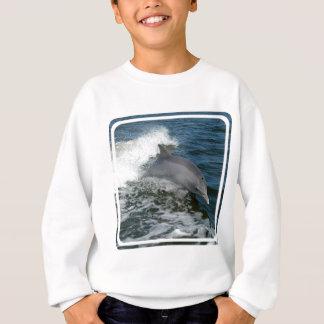 La camiseta de los niños salvajes del delfín