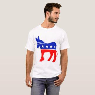 La camiseta de los nuevos hombres morales de la