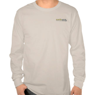 La camiseta de manga larga de los hombres