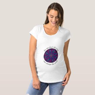 La camiseta de maternidad de las mujeres de