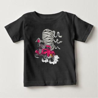 La camiseta del bebé de la raza de la momia