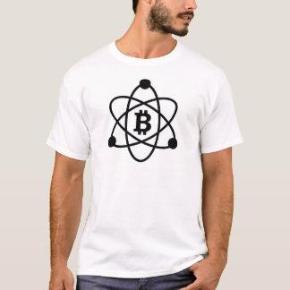 """La camiseta del hombre del """"átomo"""" de Bitcoin"""