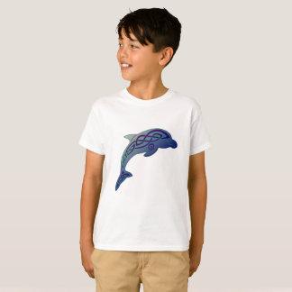 La camiseta del niño céltico del delfín