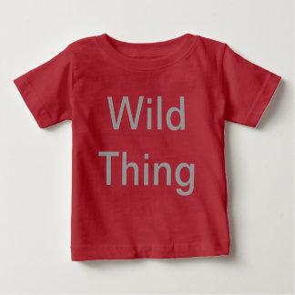 La camiseta del niño salvaje de la cosa